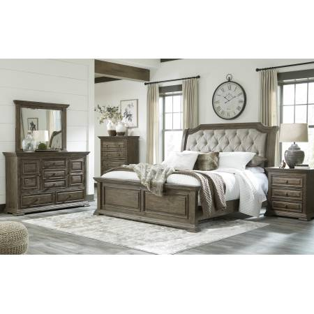 B813 Wyndahl 4PC SETS Queen UPH Panel Bed