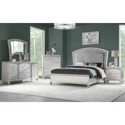 21797EK-4PC 4PC SETS Maverick Eastern King Bed in Fabric & Platinum