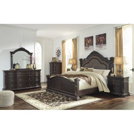 B806 Wellsbrook 4PC SETS King UPH Poster Bed