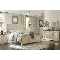 B647 Bolanburg 4PC SETS Queen Louvered Panel Bed