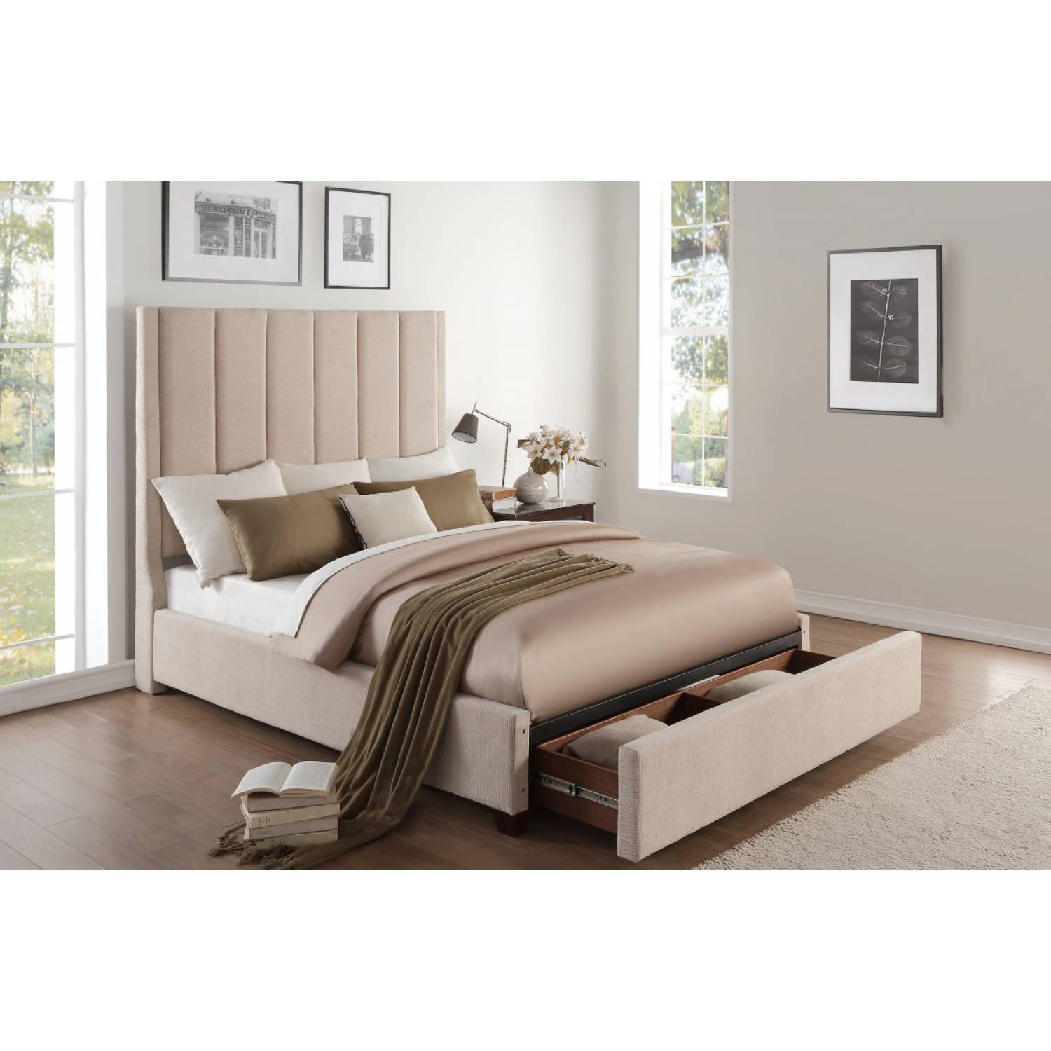 5876nrbe 1 Queen Platform Bed With Storage Footboard
