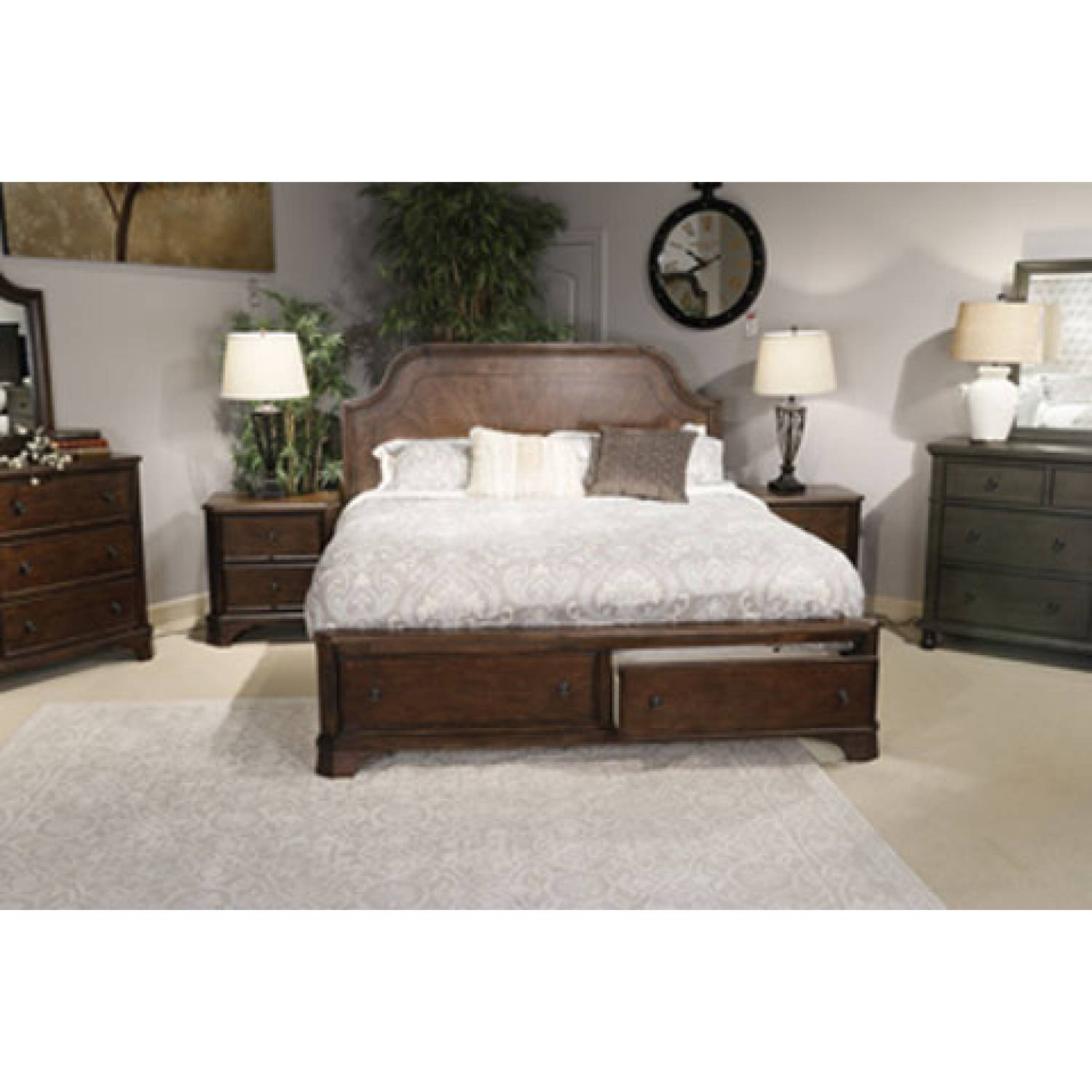 Ashley Furniture Orange County Ca: B517 Adinton Queen Panel Bed