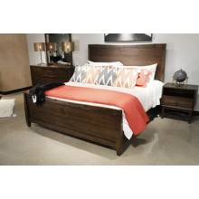 B513 Kisper Queen Panel Bed