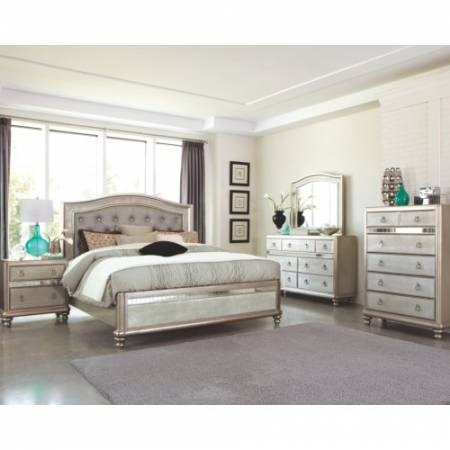 Q 20418 Bling Game Queen Bedroom Group