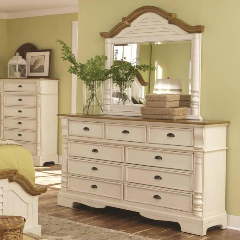 202883 4 Oleta 9 Drawer Dresser And Mirror Set With Pilaster Detail