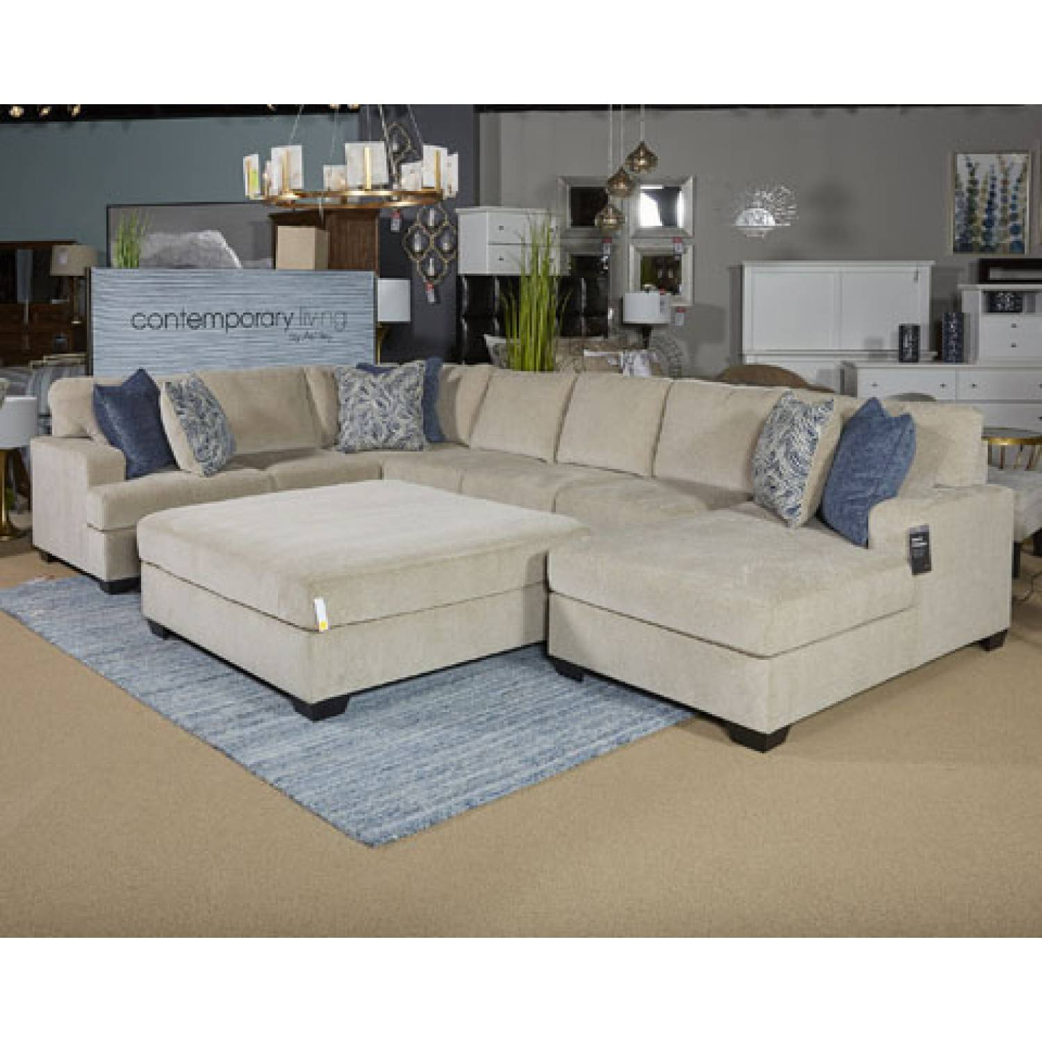 Furniture Furniture: 61500 Enola Oversized Accent Ottoman