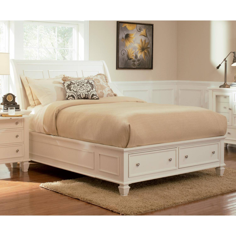 Sandy Beach Queen Sleigh Bed With Footboard Storage