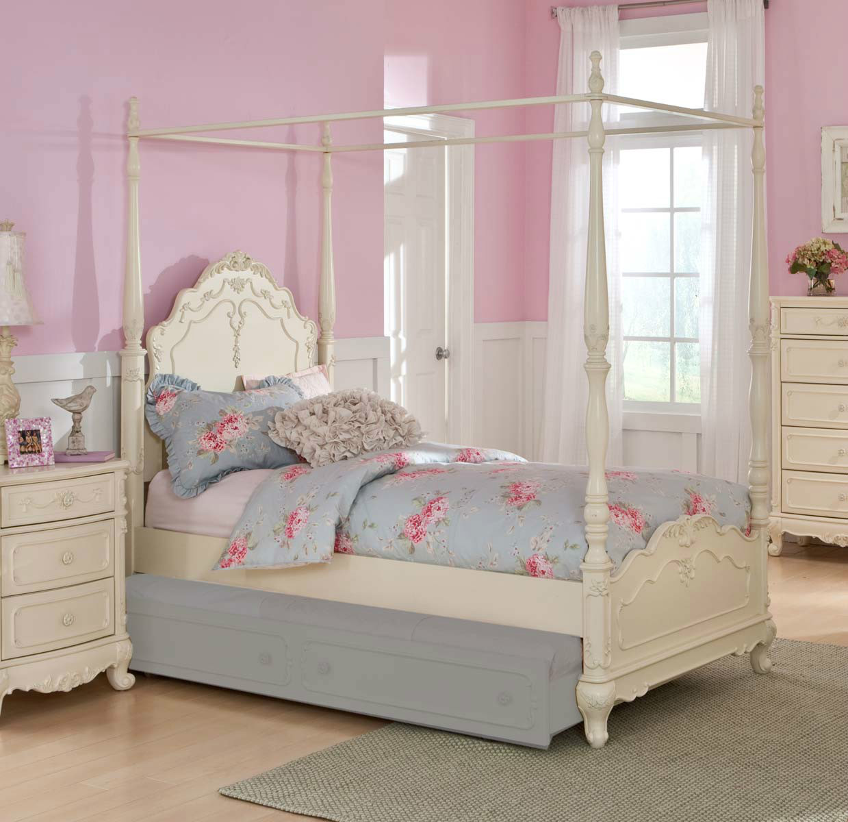 Cinderella Full Canopy Poster Bed 1386fpp 1